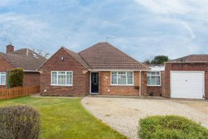Fennels Farm Road, Flackwell Heath